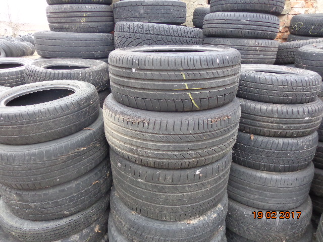 Buy Self-selection: used tires from warehouse in Slovakia