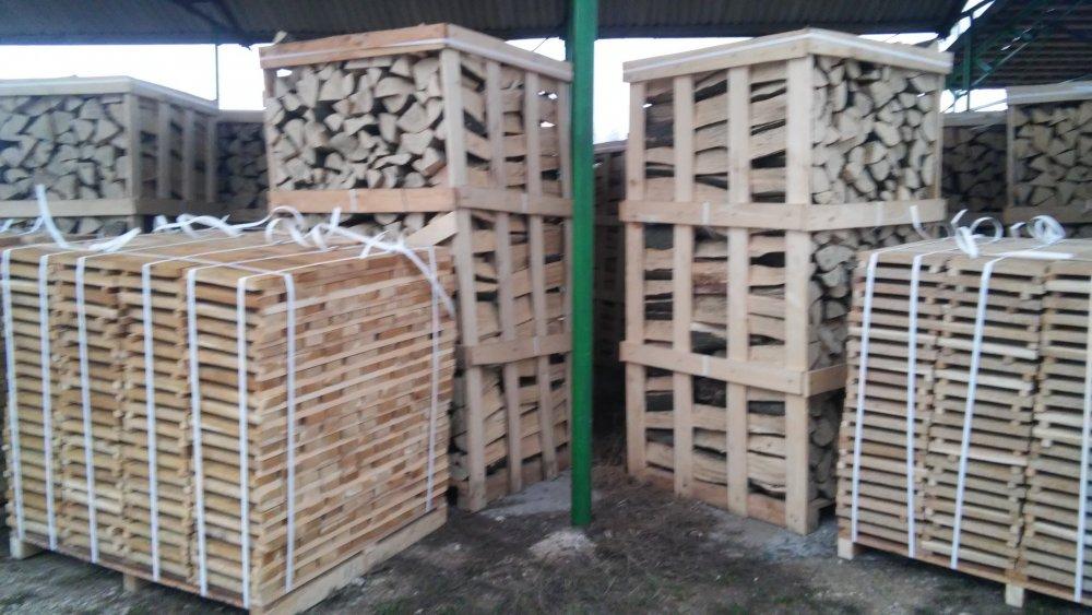 Buy Palivové drevo, buk, jaseň, hrab, dub, breza veľkoobchodné z Ukrajiny